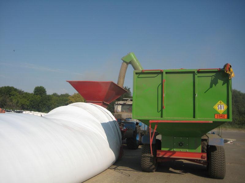 Зберігання зерна в полімерних мішках-рукавах